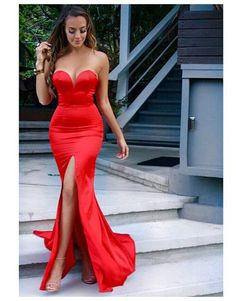 Golden globes 2016 dress dresses red carpet celeb celebrity luxury affordable cheap style similar  Atelier Versace gown ZENDAYA Marchesa SOPHIA BUSH Narciso Rodriguez ROSIE HUNTINGTON-WHITELEY gold Atelier Versace EVA LONGORIA JADA PINKETT SMITH EVA GREEN high-neck Elie Saab lace