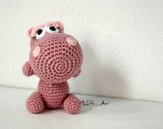 Hey, I found this really awesome Etsy listing at https://www.etsy.com/es/listing/177037759/hipo-rosa-amigurumi-peluche-juguete
