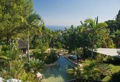 https://www.costadelhome.com/6-bed-villa-for-sale-in-marbella-golden-mile-11163