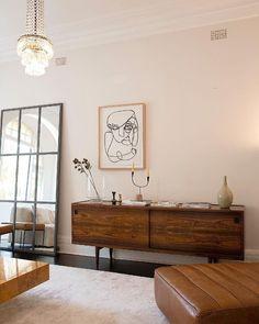 50 Good Mid Century Living Room Decor Ideas - Home Decor Ideas Decoration Design, Decor Interior Design, Interior Decorating, Decorating Hacks, Home Decor Bedroom, Living Room Decor, Men Bedroom, Bedroom Black, Bedroom Colors