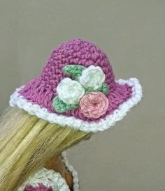 Lyn's Dolls Clothes: Barbie Crochet Easter Bonnets - free pattern