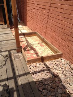 Building a Wicking Bed on Concrete - The Greening of Gavin Container Gardening, Gardening Tips, Mushroom Compost, Garden Watering System, Wicking Beds, Irrigation Pipe, Concrete Slab, Diy Garden Projects, Vegetable Gardening