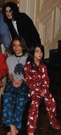 Michael Jackson with his only two sons; Prince (age 11) and Blanket (age 6) in…