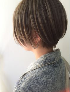 Kpop Short Hair, Girl Short Hair, Short Hair Cuts, Short Hair Styles, Tomboy Hairstyles, Bob Hairstyles For Fine Hair, Pretty Hairstyles, Pelo Ulzzang, Hair Color And Cut