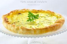 Irresistible tarta salada de calabacín y puerros con base de hojaldre
