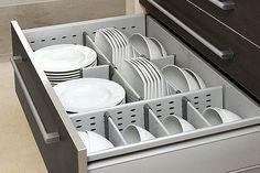Consejos para mantener los cajones de tu cocina organizados