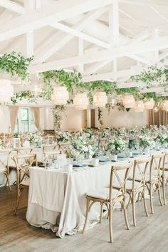 Photography by Carina Skrobecki Romantic Wedding Receptions, Wedding Reception Decorations, Wedding Centerpieces, Wedding Greenery, Reception Ideas, Wedding Flowers, Wedding Venues, Table Decorations, Table Setting Inspiration