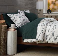 Pinzon 160-Gram Printed 100-Percent Cotton Flannel Duvet Cover, Full/Queen, Winter Village Forest Green Pinzon by Amazon.com http://www.amazon.com/dp/B00CL55BM4/ref=cm_sw_r_pi_dp_ergiub0MHS3AT