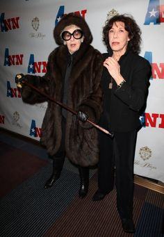 Elaine Stritch protecting Lily Tomlin