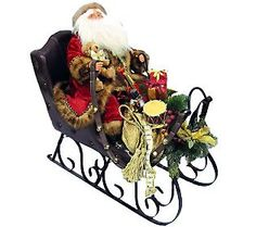 We love old fashioned Santas! #AlltheJoy