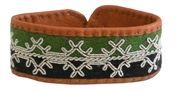 Tin wire bracelet E - Diy And Crafts Bone Jewelry, Wire Weaving, Folk Costume, Horse Tack, Jewelry Bracelets, Jewellery, Handicraft, Fiber Art, Jewelry Design