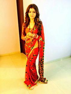 Rubina dilaik Being Married - Sasi Pradha Lehenga Sari, Kasavu Saree, Designer Bridal Lehenga, Beautiful Saree, Beautiful Indian Actress, Indian Beauty Saree, Indian Sarees, Kinds Of Clothes, Clothes For Women