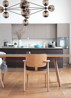 Artek Domus, Modo chandelier Chandelier Lamp, Chandeliers, Beautiful Kitchens, Dining, Interior Design, Chair, House, Furniture, Versuch
