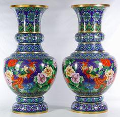 Antique Lamps, Antique Items, Vases Decor, Art Decor, Traditional Vases, Pots, Contemporary Vases, Crystal Glassware, Color Blending