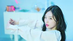Sulli Choi, Choi Jin, Big Baby, How Big Is Baby, Sweet Peach, Girl Inspiration, Korean Actresses, Celebs, Celebrities