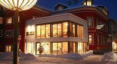 Oferta ptr. iarna 2017 in 4* Landhotel Hubertushof, Bad Ischl, Oberösterreich Regiunea de ski DACHSTEIN-WEST (Bad Ischl – Gosau/Dachstein 26 km, Skigebiet Dachstein West (Gosau/Russbach/Annaberg, Freesports Arena Krippenstein, Feuerkogel, Postalm, Abtenau, St. Martin/Lungötz). Complex de teleferice si telecabine peste 3 vai interalpine, 48 de ski-lifturi, telecabine, trenuri alpine, 140 km de partii schi excelent preparate! #OferteIarnaAustria2017