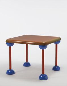BBB Bonacina, Meda, 1971. Plastica arancione e blu, metallo arancione ...