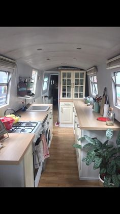 Love the lightness Narrowboat Kitchen, Narrowboat Interiors, Barge Boat, Canal Barge, Small Space Living, Tiny Living, Small Spaces, Barge Interior, Yacht Interior