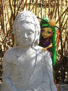 Jinafire Long and Buddha