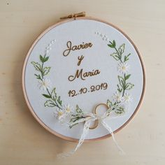 Hand Embroidery Patterns Flowers, Hand Embroidery Videos, Embroidery On Clothes, Embroidery Flowers Pattern, Hand Embroidery Stitches, Embroidery Hoop Art, Hand Embroidery Designs, Ribbon Embroidery, Creative Embroidery
