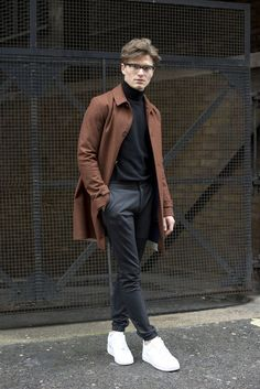 Oliver Cheshire – Men's style, accessories, mens fashion trends 2020 Mode Outfits, Fashion Outfits, Fall Fashion, Teen Guy Fashion, Fashion Black, Fashion Men, Fashion Rings, Street Fashion, Stylish Men