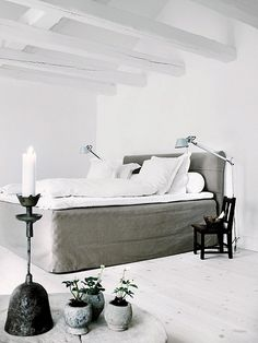 Bedding with large bedskirt. For twin size bed.