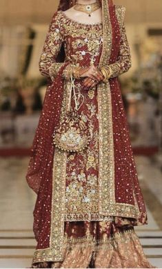 Indian Wedding Gowns, Pakistani Wedding Outfits, Pakistani Wedding Dresses, Pakistani Dress Design, New Bridal Dresses, Wedding Dresses For Girls, Party Wear Dresses, Bridal Outfits, Red Lehenga