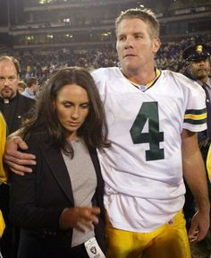 Brett Favre and wife Deanna have been through tough times, but she's presenting him at the Hall of Fame (Getty Images).