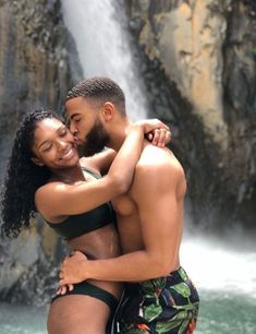 Find images and videos about love, couple and Relationship on We Heart It - the app to get lost in what you love. Couple Goals Relationships, Relationship Goals Pictures, Couple Relationship, Healthy Relationships, Black Love Couples, Cute Couples Goals, Young Black Couples, Calin Couple, Couple Noir