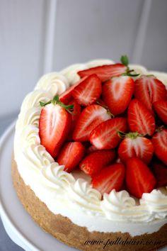Pullahiiren leivontanurkka: Mansikkainen Mascarpone-jäätelökakku Cake Decorating Videos, Tart, Cheesecake, Ice Cream, Baking, Desserts, Food, Drinks, Mascarpone