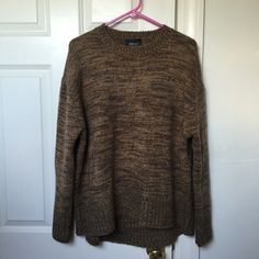 Brown Knit Zara Sweater Mixed brown oversized knit sweater from Zara. Just bought a few weeks ago, worn only once! Size medium. Zara Sweaters