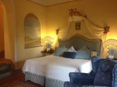 Classic room at Il Falconiere Relais & Chateaux in Cortona.  Tuscany  #TuscanSun Living #Food #thedailybasics