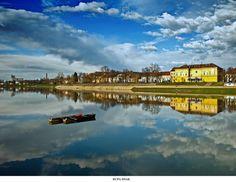 "copyright*siscanin Photo:me *siscanin Location: River ""Kupa"",city of Sisak, Croatia Camera Olympus Lens: ZD mm Setnica Adriatic Sea, River Walk, Central Europe, First Photo, Natural Beauty, National Parks, Island, City, World"