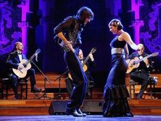 Immerse yourself in Spanish culture with an evening of smooth flamenco guitar music and fierydancing at the Palau de la Música. Renowned guitarists Manuel González, Xavier Coll and Luis Robisco, a…