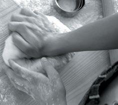 Die reuk van gebakte brood roep herinneringe van geborge en goeie tye op. Bêre hierdie resep vir basiese brooddeeg in jou staatmaker-resepteboek.