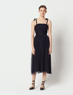 Newsletter Registration on the official Sandro Paris e-shop - Find the Men's and Women's collections. Sandro Paris, Bridesmaid Dresses, Wedding Dresses, Boutique, Personal Style, Clothes, Shopping, Collection, Women