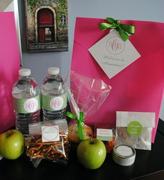 Hotel Welcome Bag - this would be a cute thing to put the rooms of guests staying the night :)