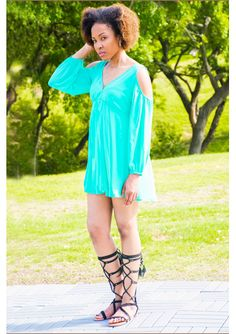Chic Women's Green Cold Shoulder V-Neck Dress matched with Black Gladiator Sandals.  #gladiatorsandals #coldshoulderdress #archandbow #green