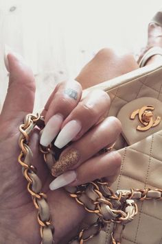 Englas Showroom French Ombre Nail Art