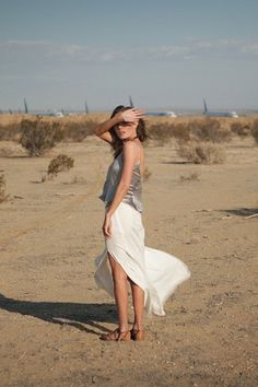 Actress/full-time fashionista Kate Bosworth rarely puts a fashionable foot wron