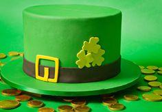 http://www.satinice.com/fondant-tutorials/st-patricks-day-leprechaun-hat