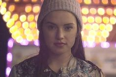 (Daisy Ridley) Hello, I'm Frankie Carter, seventeen years old and ready to hang out with people around the block. I love to play guitar, and enjoy bonfires, so introduce?