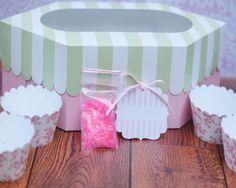 Shabby Chic Cupcake Packaging #shabbychic #cupcakes #packaging