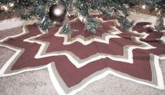 Crochet a Christmas heirloom with this free crochet Christmas tree skirt pattern from B.hooked Crochet. Your family will cherish it for years!