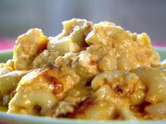 I so want to try this!!!     Slow Cooker Macaroni & Cheese by Trisha Yearwood