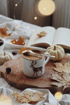 Autumn Flatlay, Mugs, Tableware, Instagram, Dinnerware, Tumblers, Tablewares, Mug, Dishes