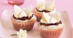 Dessert Recipes: The home of delicious dessert recipes invites you to try Butterfly cupcakes recipe. Enjoy quick & easy desserts for every . Top Dessert Recipe, Dessert Recipes, Fun Cupcakes, Cupcake Cakes, Cup Cakes, Elegant Cupcakes, Fun Cookies, Oatmeal Cookies, Yummy Snacks