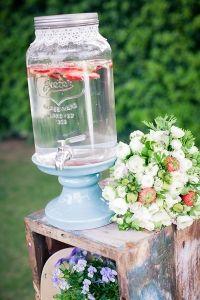 Vintage 4th of July Wedding Ideas - The Wedding Chicks