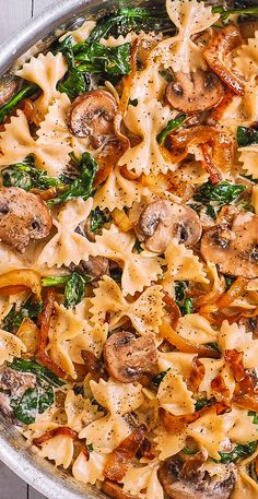 Cremige Farfalle mit Spinat, Champignons, karamellisierten Zwiebeln – **Delish… – WordPress Website - Lo Que Necesitas Saber Para Una Vida Saludable 2020 Pasta Dinner Recipes, Healthy Dinner Recipes, Vegetarian Recipes, Cooking Recipes, Healthy Pasta Dishes, Veggie Pasta Recipes, Creamy Pasta Recipes, Vegan Pasta, Healthy Italian Recipes