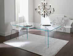 1000 images about dining tables on pinterest ikea dark for Mesa glivarp cristal